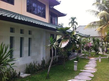 Dijual villa dekat pantai dan sawah di tiing tutul Canggu Bali