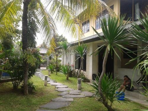 Dijual villa tiing tutul di Canggu Bali dekat pantai